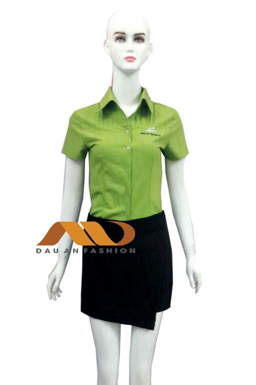 Đồng phục spa áo sơ mi tay ngắn xanh lá phối đen AS0013