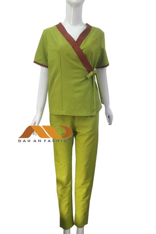 Đồng phục spa xanh viền nâu qs0001