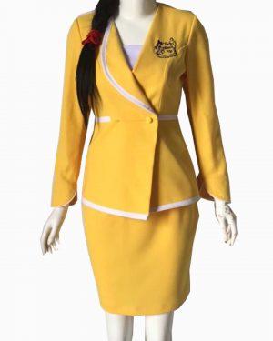 Đồng phục lễ tân vest vàng phối trắng SPA018
