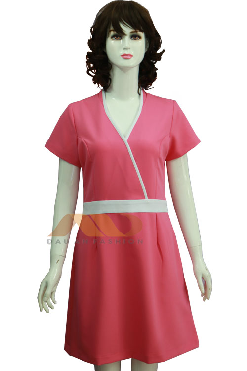 Đồng phục spa đầm hồng viền trắng AS0079