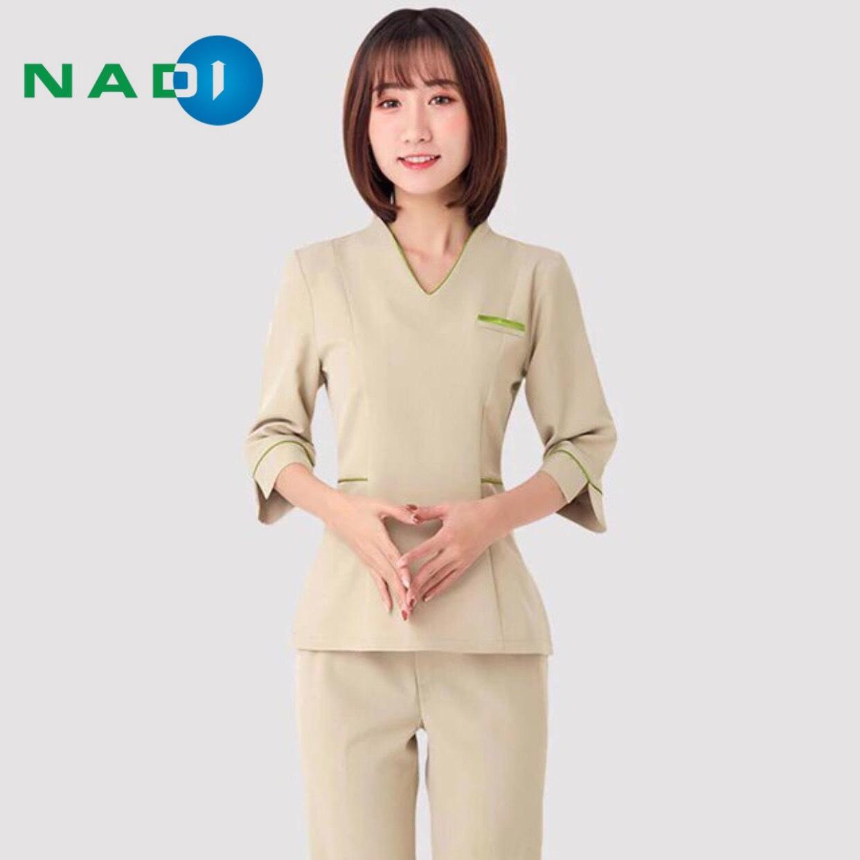 Trang phục nhân viên spa sang trọng, thoải mái